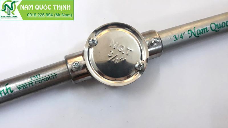 Hộp nối 2 ngã thẳng dùng cho ống thép trơn (EMT) luồn dây điện 3/4
