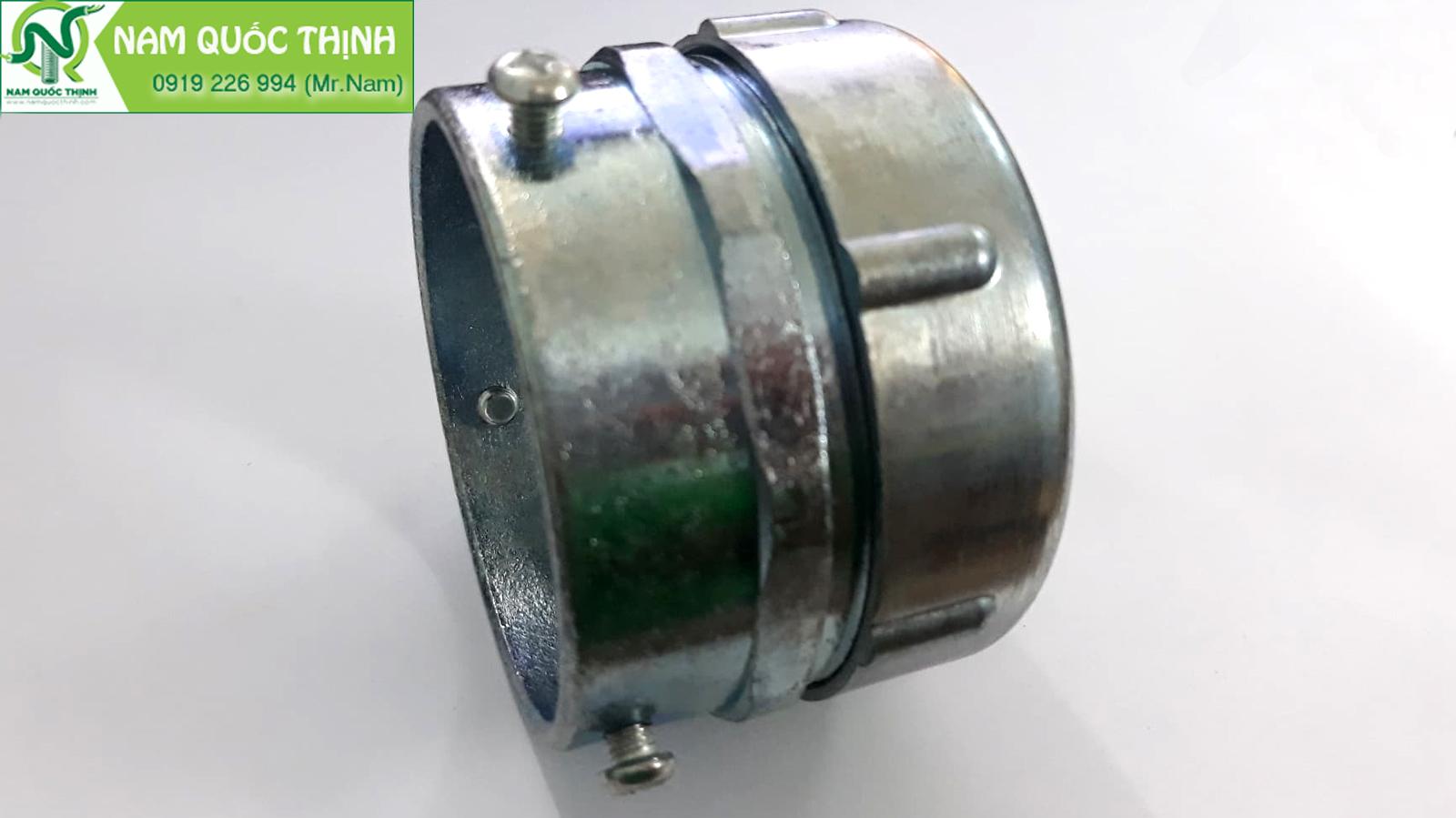 Đầu nối ống ruột gà với ống thép trơn EMT 2 inch