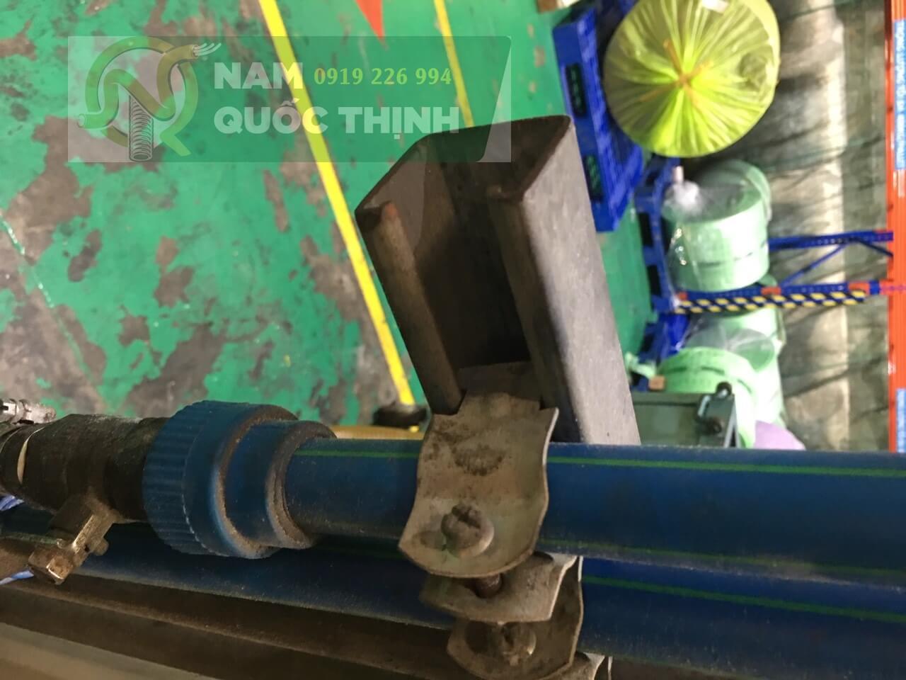 Thanh chống đa năng giữ ống chịu nhiệt PPR