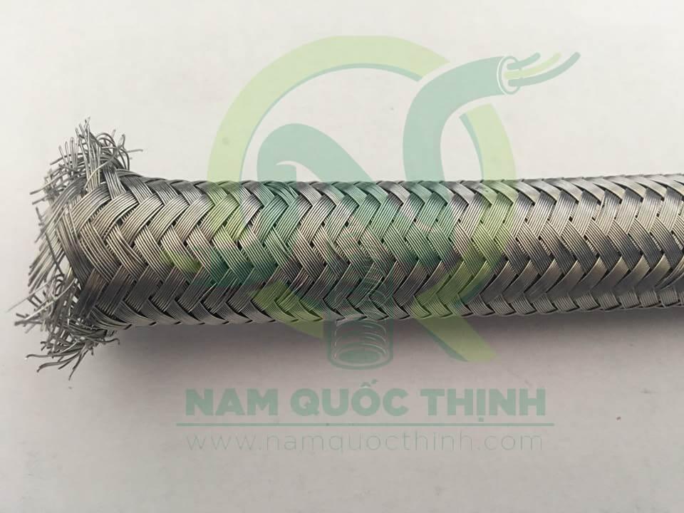 Lưới inox 304 ống ruột gà lõi thép