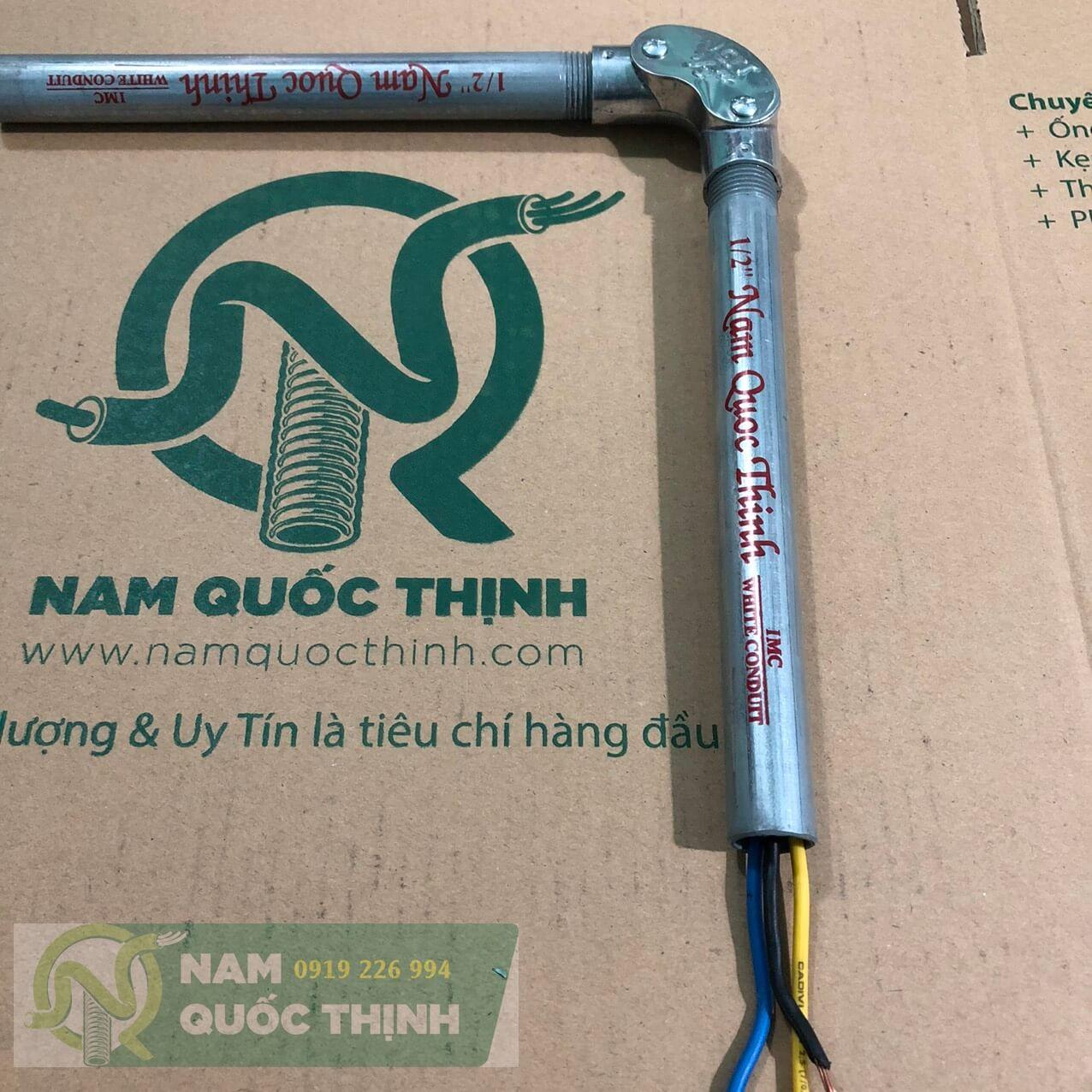 Co đúc 90 độ ống kim loại luồn dây điện ren imc