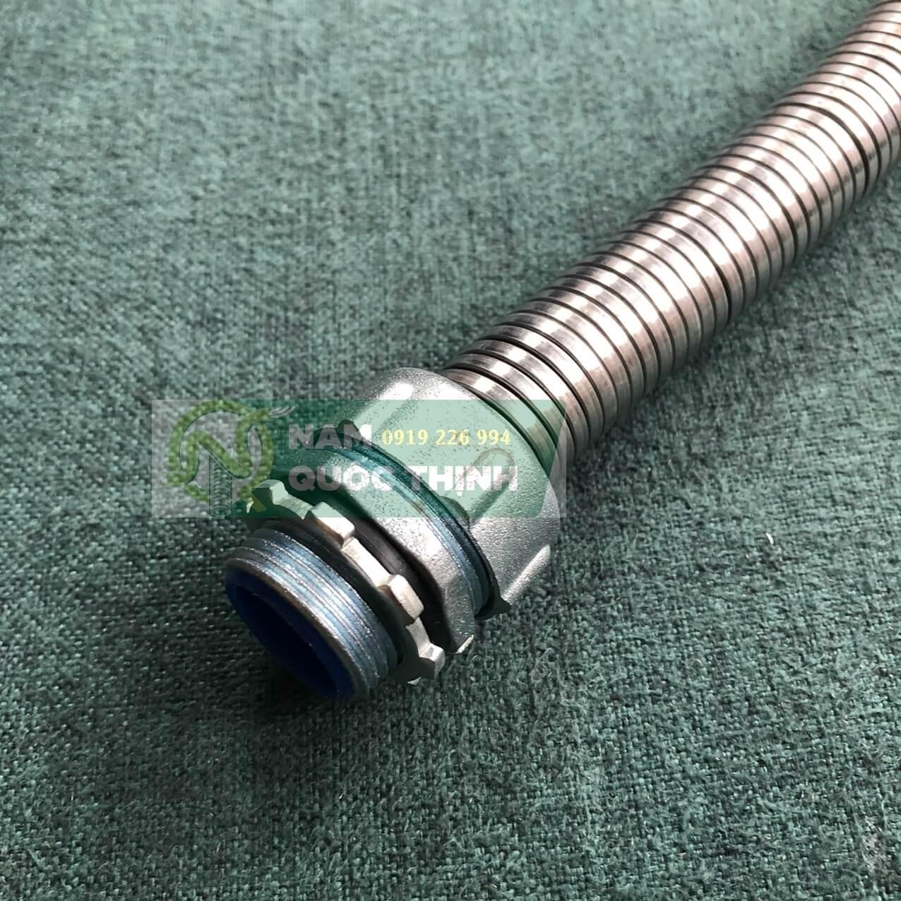 Đầu nối ống ruột gà lõi thép với ống ruột gà inox 304