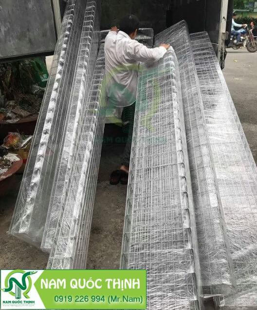 Giao hàng máng cáp dạng lưới inox 304 3M/Cây