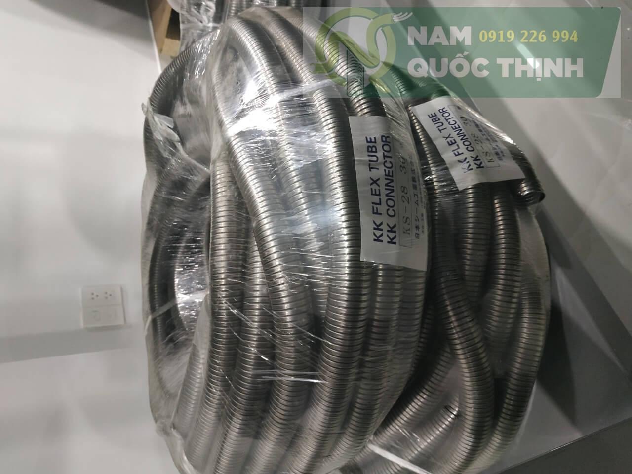 Ống ruột gà inox luồn dây điện nippon seam